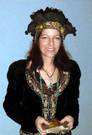 Tara Greene Tarot reader Astrologer psychic Palm